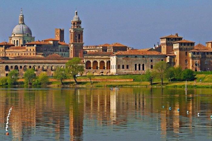 Mantova - Loggiatour